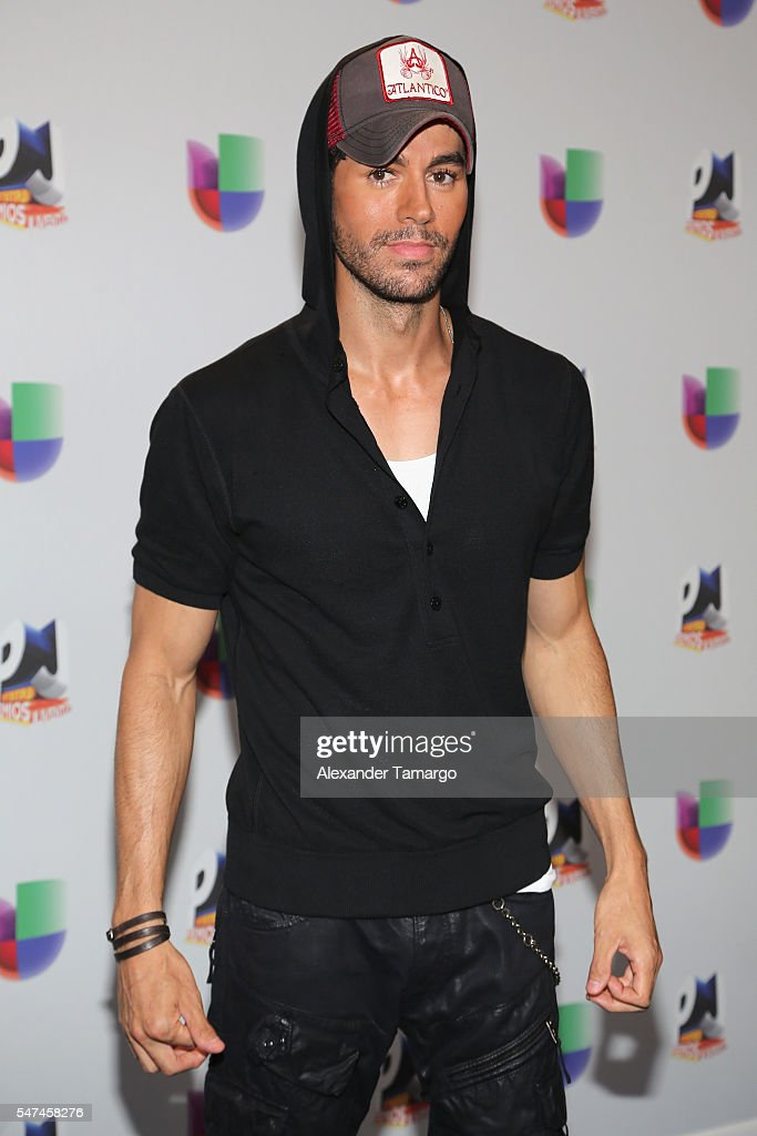 Univision's 13th Edition Of Premios Juventud Youth Awards - Backstage : News Photo