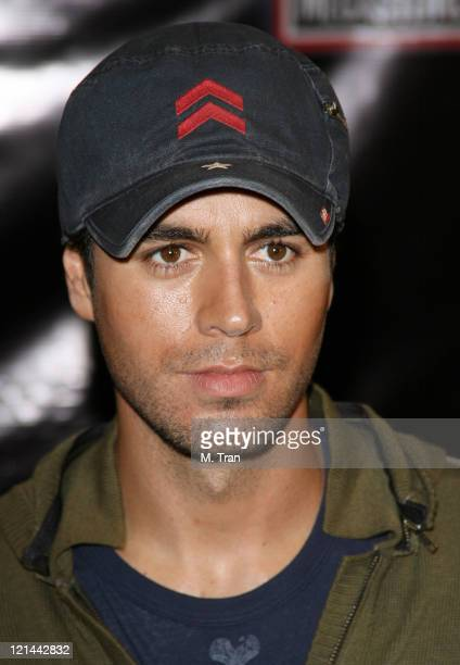Enrique Iglesias during Enrique Iglesias Performance and Signing at Virgin Megastore Hollywood at Virgin Megatore Hollywood Highland in Hollywood...