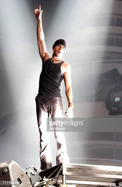 Enrique Iglesias during MTV European Music Awards 2002 MTV European Music Awards 2002 at Palau Sant Jordi in Barcelona, Spain.
