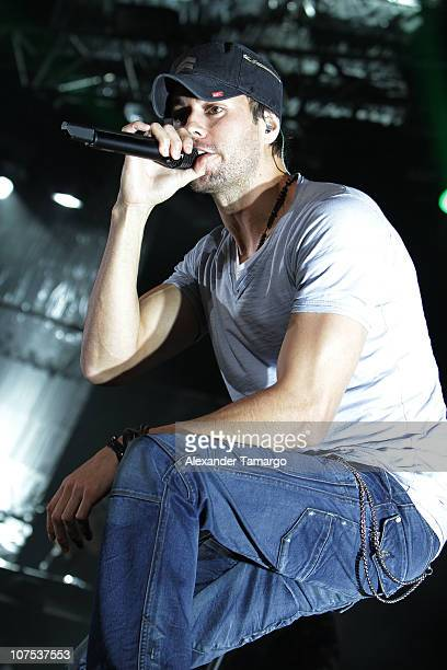 Enrique Iglesias performs during the Y100 Jingle Ball at BankAtlantic Center on December 11 2010 in Sunrise Florida