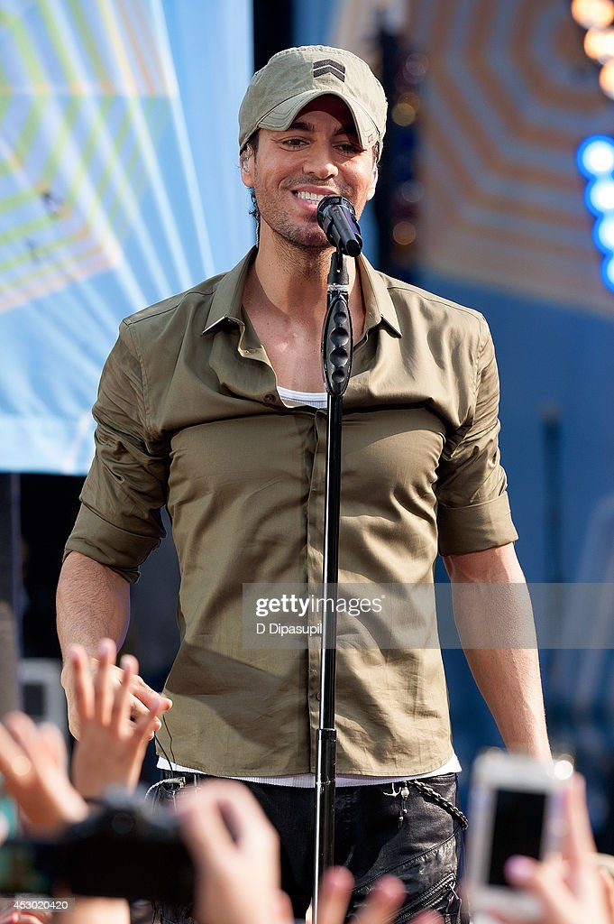 "Enrique Iglesias Performs On ABC's ""Good Morning America"""