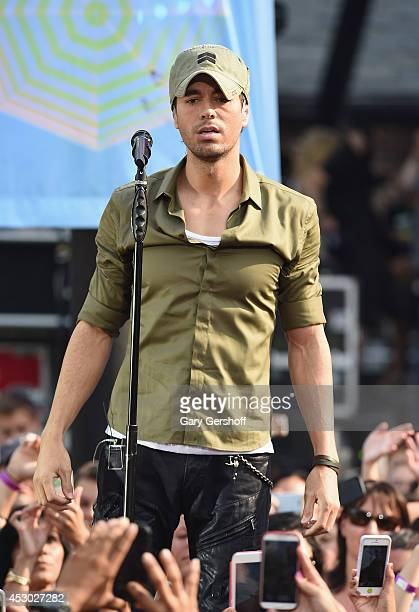"Enrique Iglesias performs on ABC's ""Good Morning America"" at Rumsey Playfield, Central Park on August 1, 2014 in New York City."