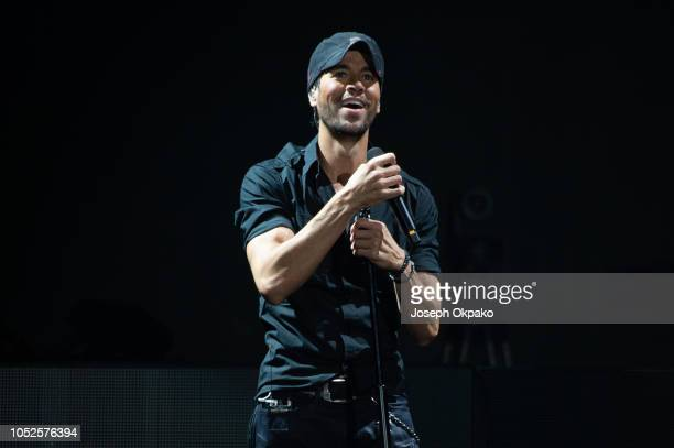 Enrique Iglesias performs on stage at The O2 Arena on October 19, 2018 in London, England.
