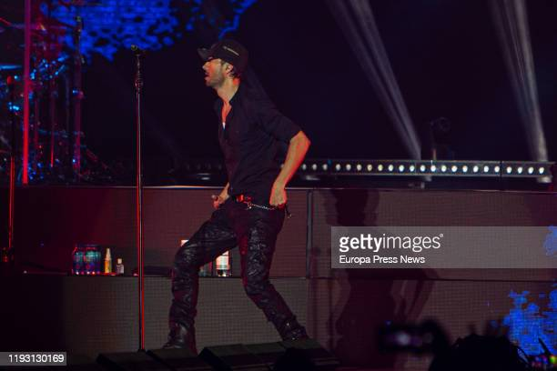 Enrique Iglesias performs on stage at WiZink Center on December 07 2019 in Madrid Spain