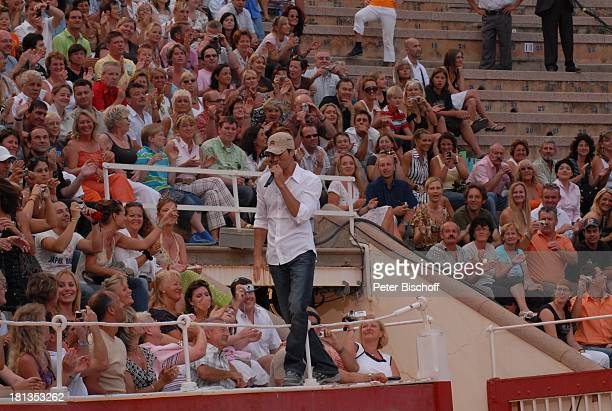 "Enrique Iglesias , ZDF-Show ""Wetten, dass?"", Stierkampfarena ""Coliseo Balear"", Palma de Mallorca, Insel Mallorca, Balearen, Spanien, Europa,..."