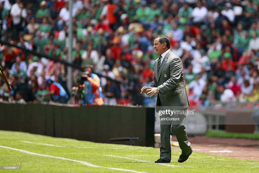 Enrique Meza, provisional coach of Mexicao, during an International Friendly Match against Spain at Azteca stadium on August 11, 2010 in Mexico City.