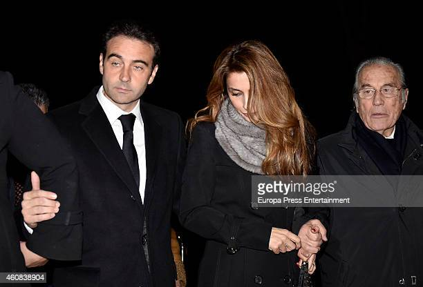 Enrique Ponce Paloma Cuevas and Victoriano Valencia attend the funeral chapel for Victoriano Cuevas at M30 Morgue on December 23 2014 in Madrid Spain