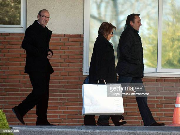Enrique Ponce's parents Emiliano Ponce and Enriqueta visit Paloma Cuevas who gave birth her second daughter Bianca Ponce on 9th January at Ruber...
