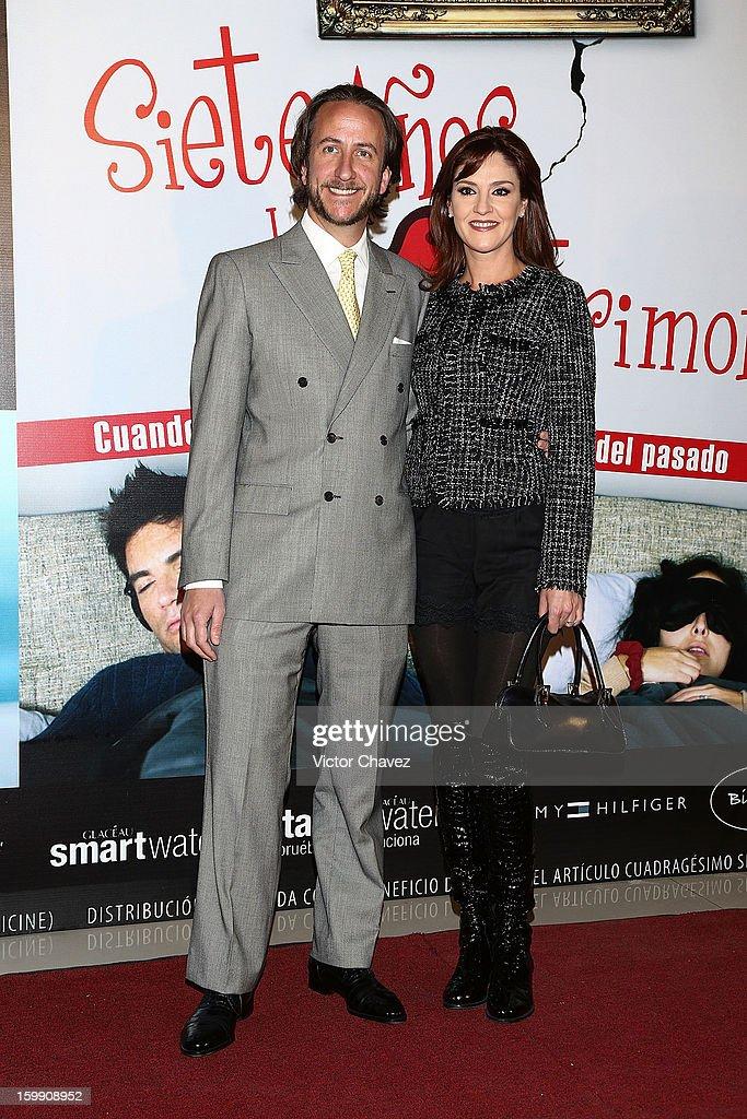 Enrique Rivero Lake and actress Chantal Andere attend the '7 Años de Matrimonio' Mexico City premiere red carpet at Plaza Carso on January 22, 2013 in Mexico City, Mexico.