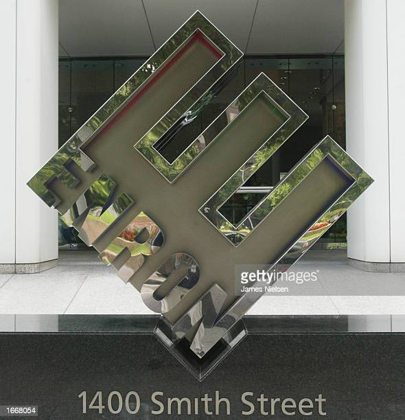 Enron's corporate logo is seen outside its headquarters May 28 2002 in Houston Texas The unfinished River Oaks mansion once owned by former Enron CFO...