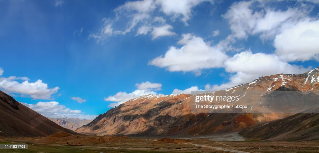 Enroute - Manali Leh Highway : Stock Photo