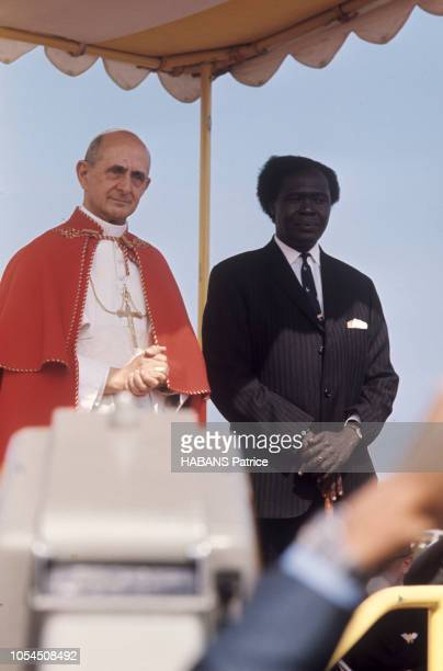 Entebbe Ouganda Afrique 31 juillet 1969 Le pape PAUL VI effectue une visite apostolique en Ouganda du 31 juillet au 2 août 1969 Ici le pape avec le...