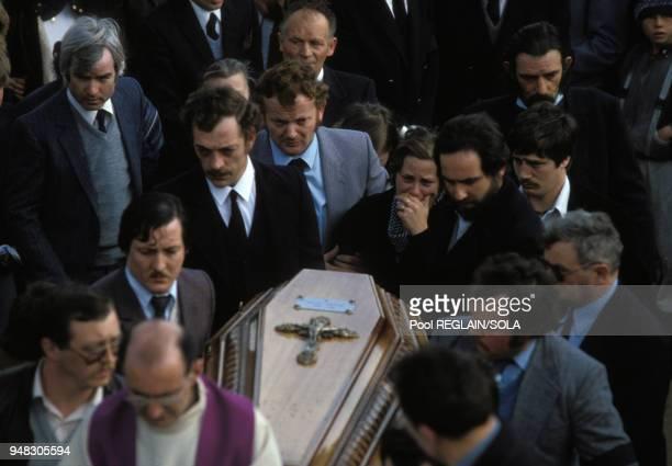 Enterrement de Bernard Laroche à Jussarupt dans les Vosges le 2 avril 1985 France