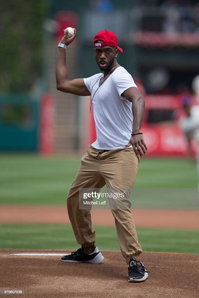 Entertainer Jay Pharoah throws out the first ball prior to the game between the Milwaukee Brewers and Philadelphia Phillies at Citizens Bank Park on June 9, 2018 in Philadelphia, Pennsylvania. The Brewers defeated the Phillies 12-3.