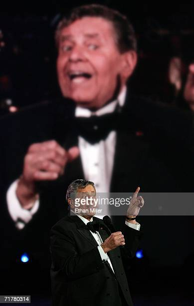 Entertainer Jerry Lewis sings during the 41st annual Labor Day Telethon to benefit the Muscular Dystrophy Association at the South Coast Hotel Casino...