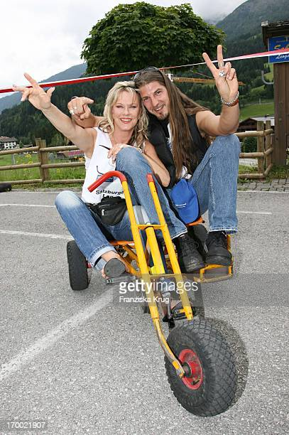 """Entertainer Lisa Fitz And Friend Peter Knirsch On The """"big border traffic"""" in Leogang 230606."""