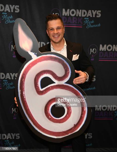 Entertainer Mark Shunock arrives at the 6th anniversary of Mondays Dark With Marck Shunock at the Pearl Concert Theater at Palms Casino Resort on...