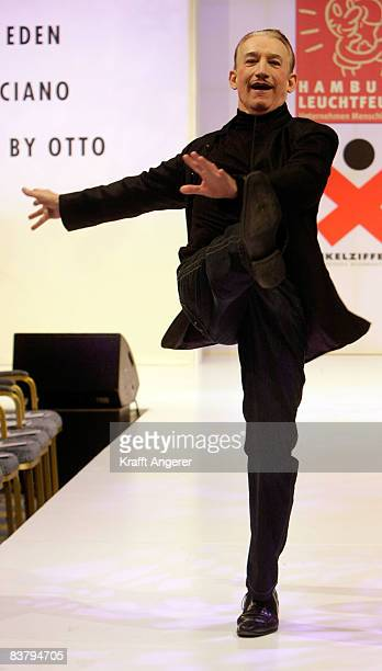 Entertainer Robert Kreis walks down the runway at the Event Prominent Gala on November 23 2008 in Hamburg Germany For the eighth time celebrities...