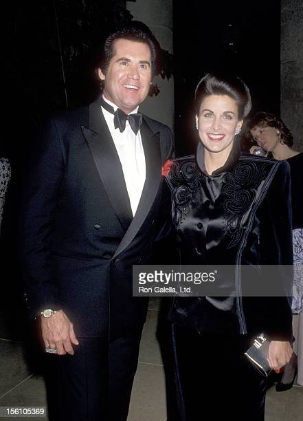 Entertainer Wayne Newton and Actress Marla Heasley attend the 18th Annual American Film Insitute Lifetime Achievement Award Salute to Sir David Lean...