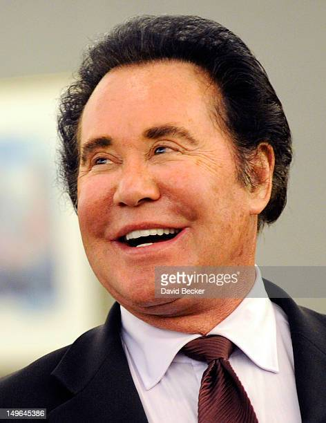 Entertainer Wayne Newton appears during a court recess at court hearing at the Clark County Regional Justice Center on August 1 2012 in Las Vegas...