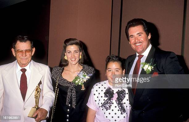 Entertainer Wayne Newton father Pat Newton daughter Erin Newton and Actress Marla Heasley attend the West Coast Father's Day Council's Fathers of the...