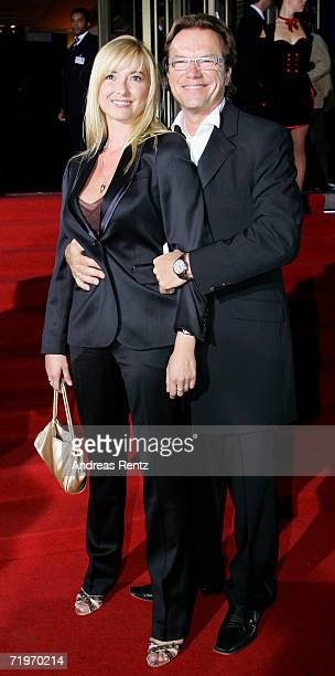 Entertainer Wolfgang Lippert and his wife Gesine arrive at the Goldene Henne awards at the Friedrichstadtpalast on September 20 2006 in Berlin Germany