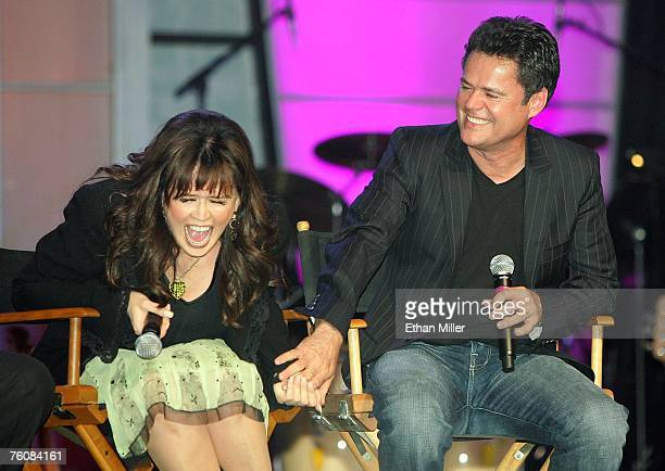 The osmonds meet and greet fans in las vegas stock photos and entertainers marie osmond and her brother donny osmond crack up during a meet and greet with m4hsunfo