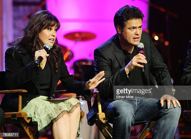 The osmonds meet and greet fans in las vegas stock photos and entertainers marie osmond and her brother donny osmond speak during a meet and greet with fans m4hsunfo