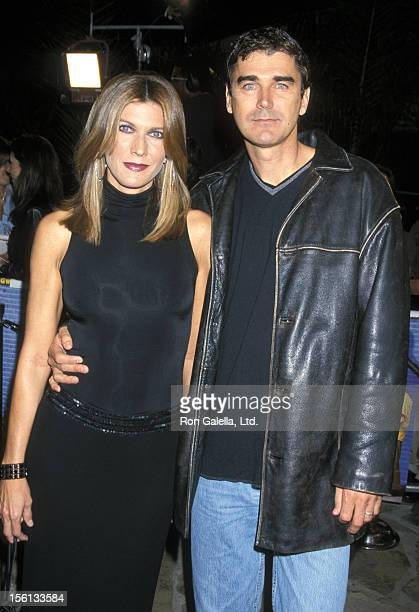 Entertainment correspondant Julie Moran and husband attend the 'Shallow Hal' Premiere on November 1, 2001 at Mann's Village Theater in Westwood,...