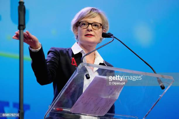 Entertainment Honoree Martha Plimpton speaks on stage during the ninth annual PFLAG National Straight for Equality Awards Gala on March 27, 2017 in...