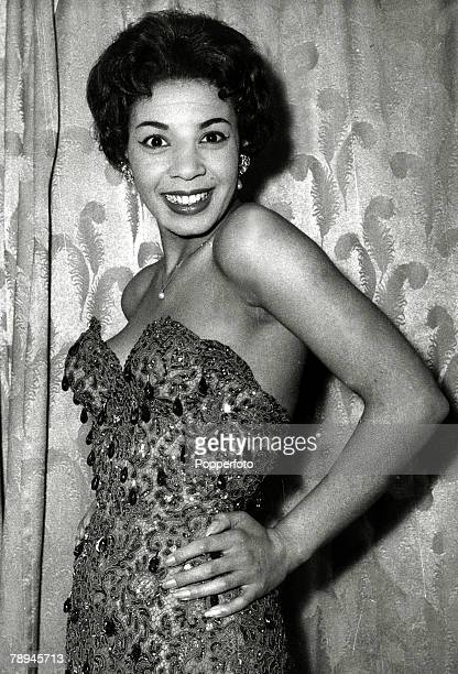 Entertainment / Music Personalities pic 23rd March 1959British singing star Shirley Bassey pictured before a show at Wembley Stadium Shirley Bassey...