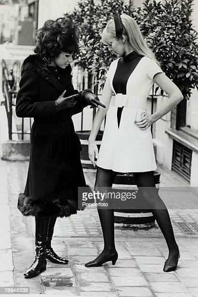 Entertainment / Music Personalities pic 7th February 1968 British singing star Shirley Bassey pictured with a model discussing her outfit Shirley...