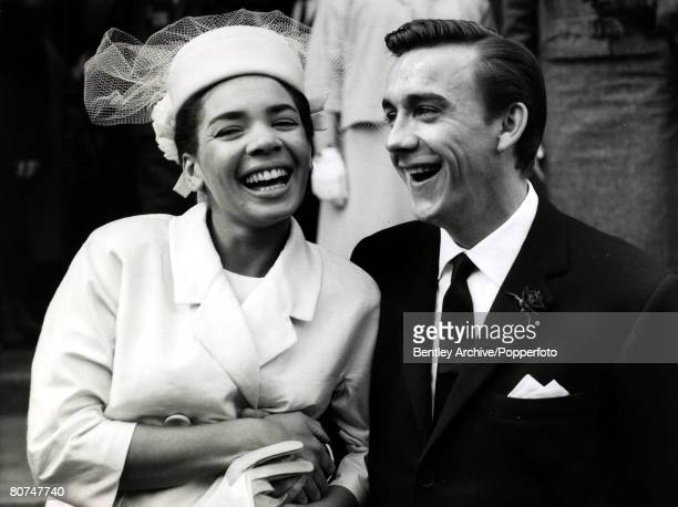 Entertainment / Music Personalities pic 8th June 1961 British singing star Shirley Bassey pictured with her husband Kenneth Hume after their wedding...