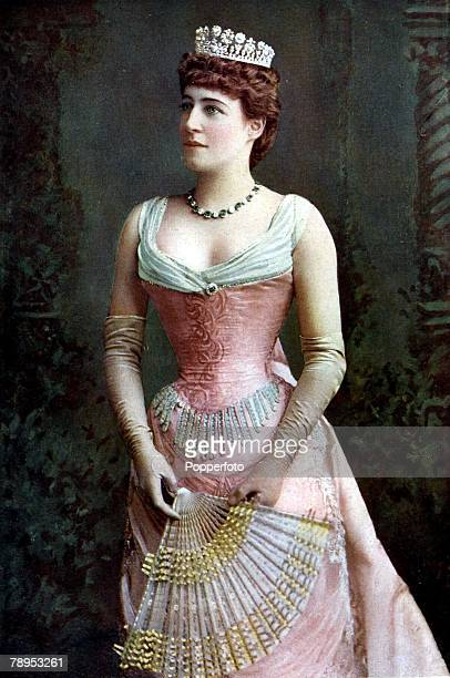 Entertainment Theatre Lillie Langtry circa 1890 English actress known as 'The Jersey Lily' thought to be one of the most beautiful women of her time...