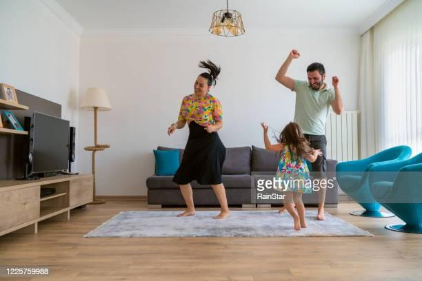 hora do entretenimento! - dançar - fotografias e filmes do acervo