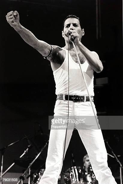 "Entertainment/Music, Live Aid Concert, Wembley, London, England, 13th July 1985, Freddie Mercury of the rock group ""Queen"" is pictured performing at..."