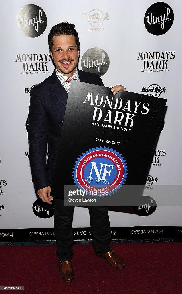 Entertanier Mark Shunock arrives at 'Mondays Dark With Mark Shunock' benefiting the NF Network at Vinyl inside the Hard Rock Hotel & Casino on May 19, 2014 in Las Vegas, Nevada.