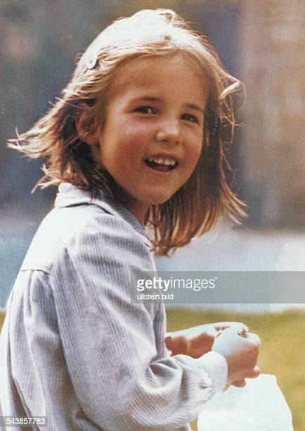 Nina von Gallwitz aus Köln Das achtjährige Mädchen wurde 1981 von bisher unbekannten Tätern entführt und nach Zahlung von 15 Millionen DM Lösegeld...