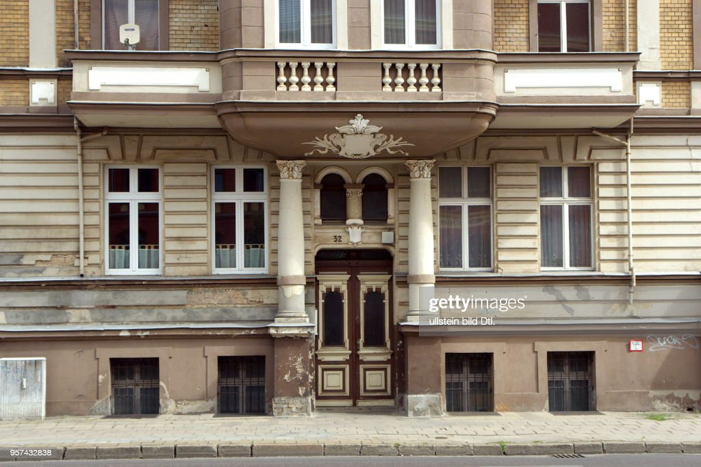 Frankfurt Oder To Renovate House Pictures Getty Images
