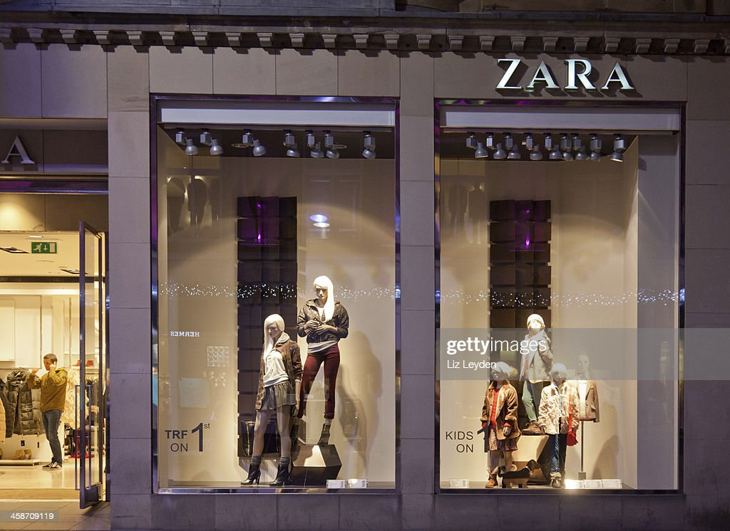 Entrance and shop window, Zara, Glasgow, Scotland : Stock Photo