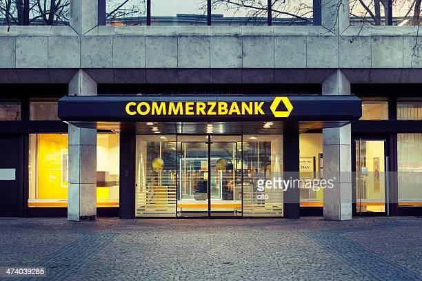 Eingang und Zeichen der Commerzbank branch