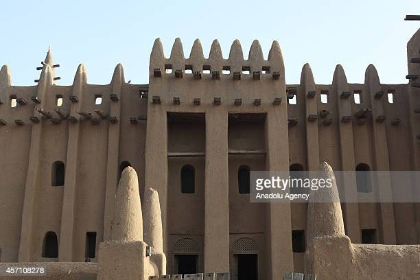 Entrance door of the mud mosque is seen in Djenne Mali on October 6 2014 The Great Mosque of Djenne is the largest mud brick building in the world...