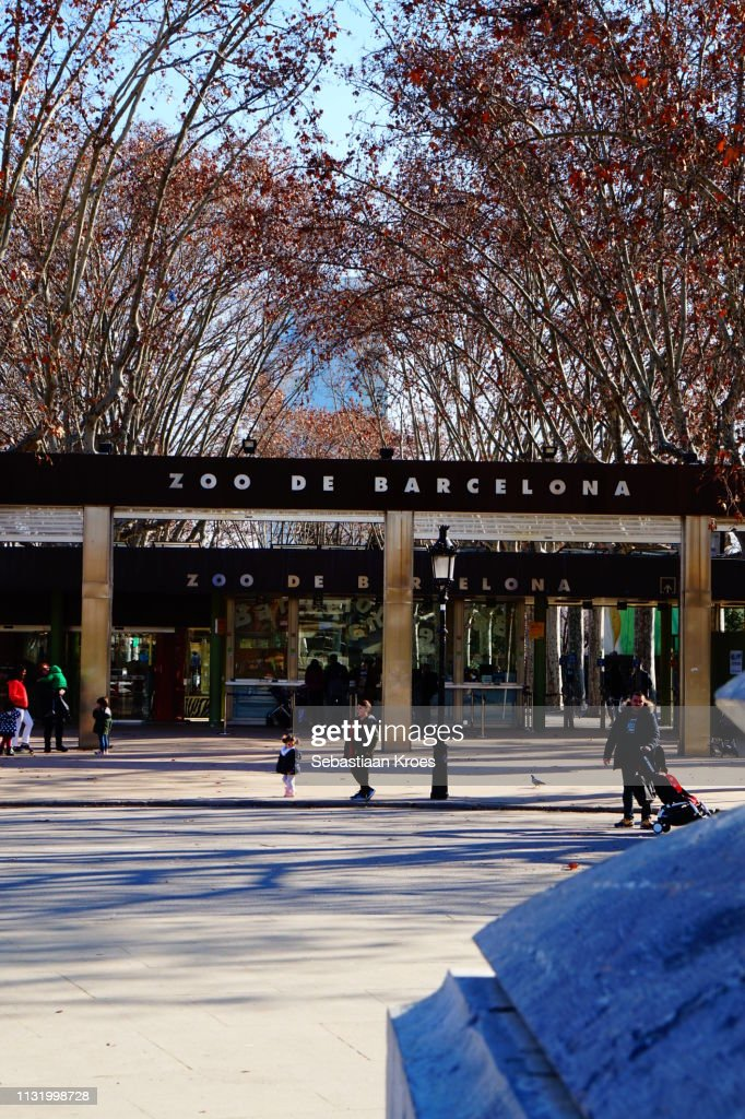 Entrance Of The Barcelona Zoo Barcelona Spain High Res Stock Photo Getty Images