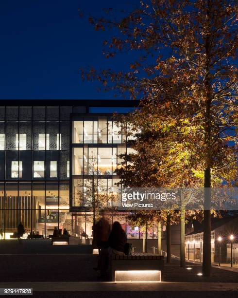 Entrance Piazza landscaping John Henry Brookes Building Oxford Brookes University Oxford United Kingdom Architect Design Engine Architects Ltd with...