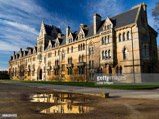 Entrance to Christ Church College in Oxford