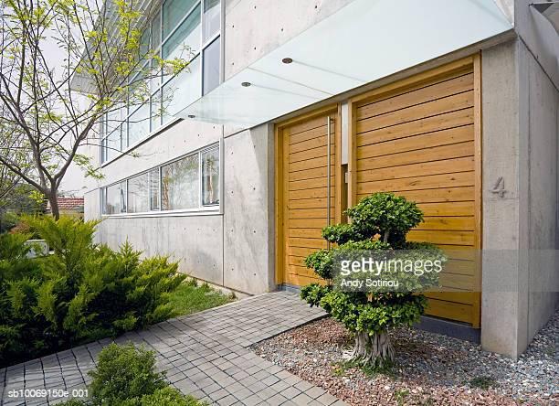 Entrance to contemporary house