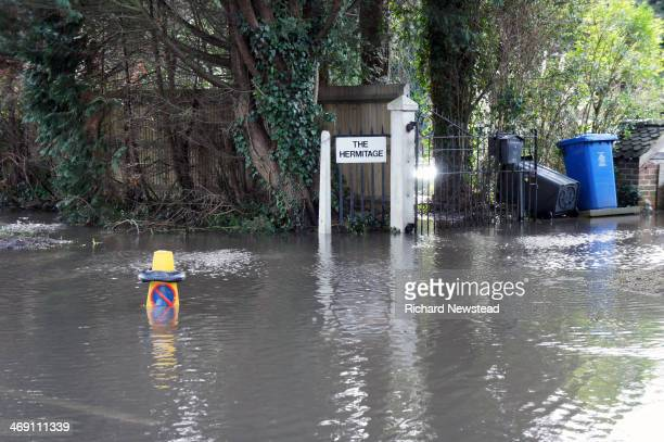 CONTENT] Entrance to house in Datchet with breaching flood water 11th February 2014