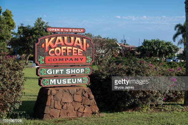entrance to kauai coffee company - brycia james stock pictures, royalty-free photos & images