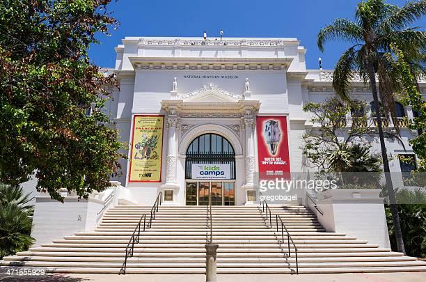 entrada del museo de historia natural del parque balboa - museo de historia natural museo fotografías e imágenes de stock