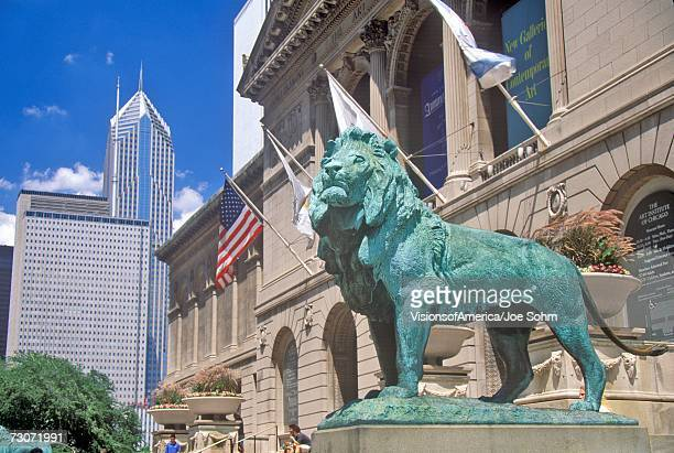 """entrance to the art institute of chicago museum, chicago, illinois"" - art institute of chicago stock pictures, royalty-free photos & images"